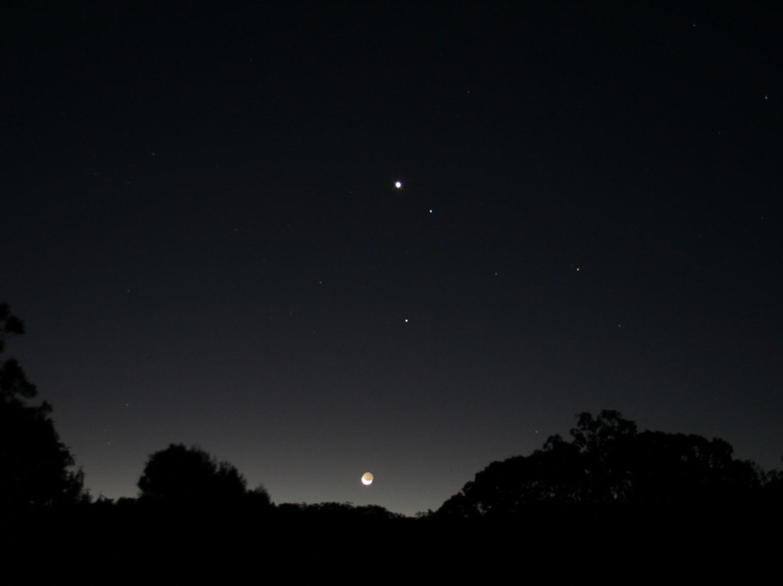 金星合月攝於澳洲