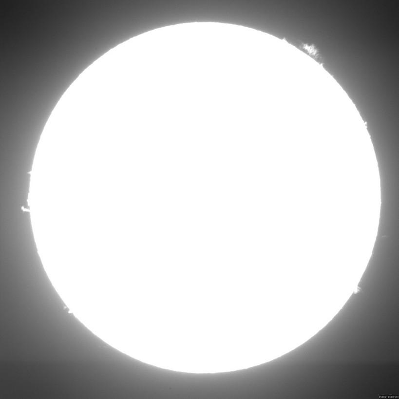2016 Dec 18 Sun - UFO transit near AR12619